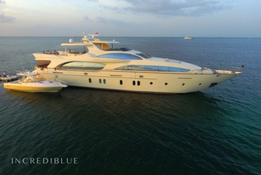 Yacht rent Azimut 116ft in Key West Harbour, Florida Keys