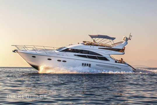 Yacht chartern Princess Yachts Princess 62 Fly, Port Trogir, Split und Hvar