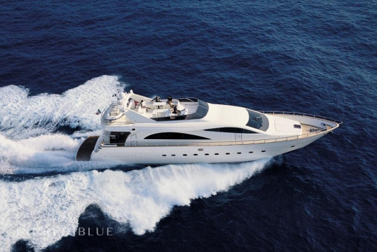 Yacht rent Custom 86 in Nautica Galizzi, Sicily