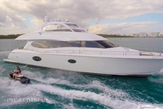 Louer yacht Lazzara  84ft - Enclosed Bridge, Miami Beach, Floride du Sud