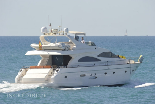 Yacht rent Astondoa 72 GLX in Port d'Eivissa, Ibiza