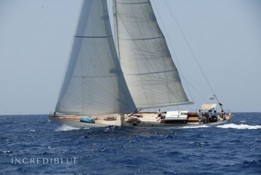 Sailing boat rent Custom K & M Yachtbuilders in Ile de Saint Martin, Saint Martin