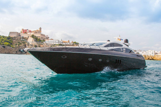 Yacht rent Sunseeker  Predator 82 in Port d'Eivissa, Ibiza