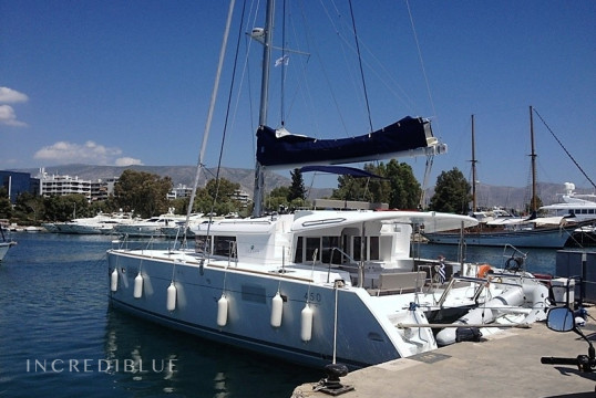 Catamaran rent Lagoon  450 O.V. with A/C in Marina Kalamaki, Athens
