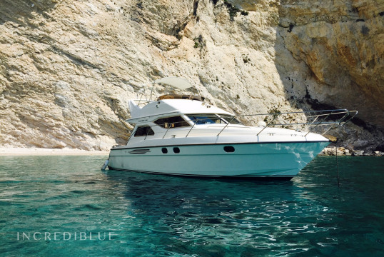 Motorboat rent Princess Yachts Princess 360 in Port of Kyllini, Peloponnese