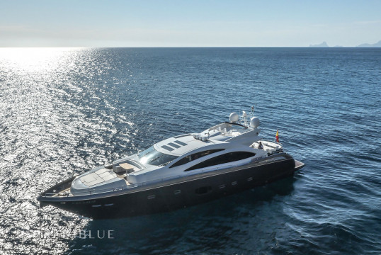 Yacht rent Sunseeker 84 in Port d'Eivissa, Ibiza