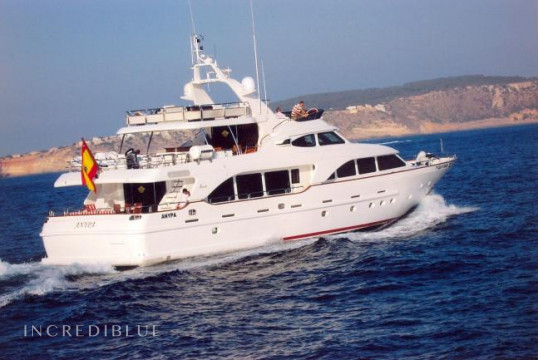 Yacht rent Benetti 100 in Port d'Eivissa, Ibiza