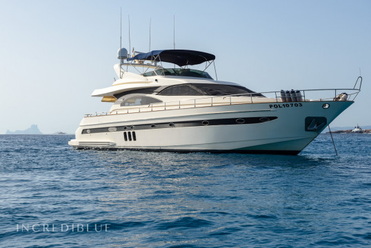 Yacht rent Astondoa 72 in Port d'Eivissa, Ibiza