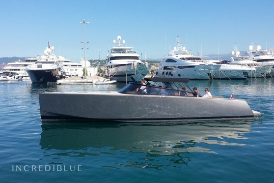 Motorboat rent VanDutch 40 Roar in Port Pierre Canto, Alpes Maritimes - Cannes