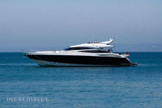 Yacht rent Princess 85 in Marina Kalamaki, Athens
