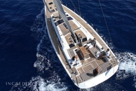 Sailing boat rent Dufour 560 Grand Large in Port Charles Ornano, Southern Corsica - Ajaccio