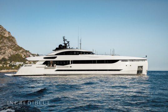 Yacht rent Broward Palumbo 131 in Nassau, Bahamas