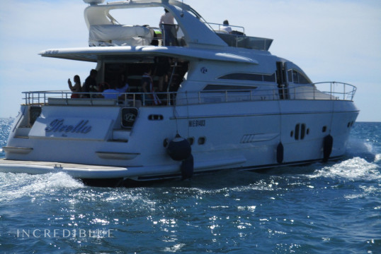 Ενοικίαση mega yacht VZ Motoryacht VZ68 μέσα Port de Cannes, Alpes Maritimes - Cannes