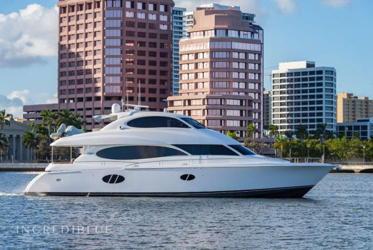 Yacht rent Lazzara  24.40m in Yacht Haven Marina, Nassau