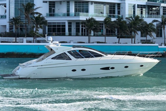 Yacht rent Azimut 16.50m in Aventura, South Florida