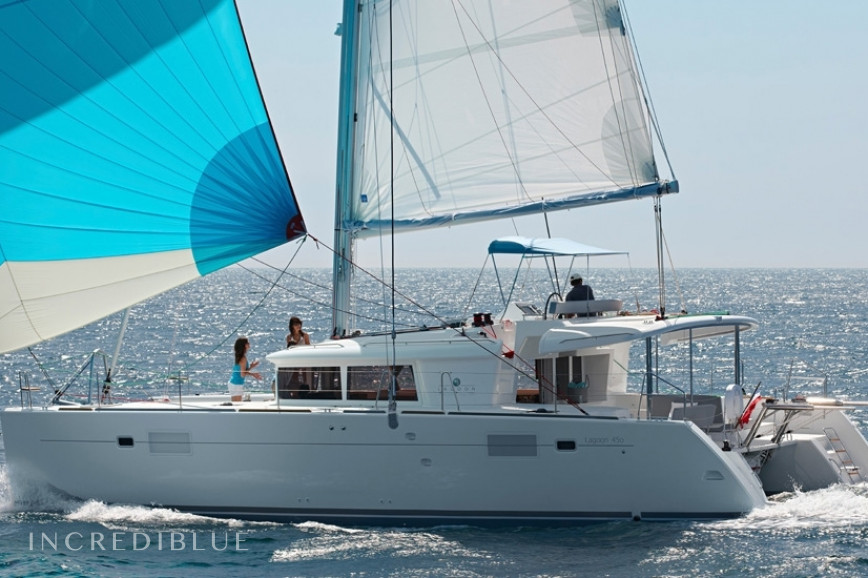 Rent this catamaran with 6 Cabins and sail with comfort