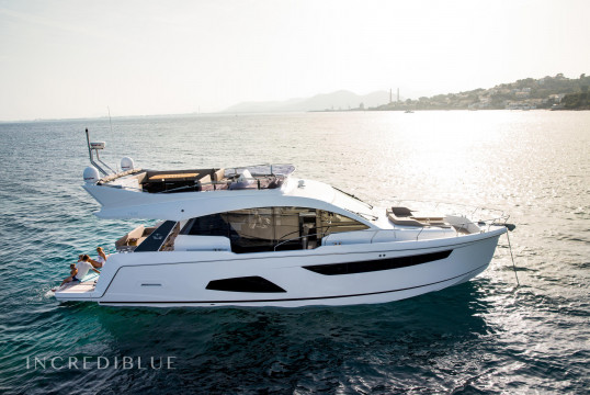 Yacht rent Sealine F530 in Campomanes, Alicante