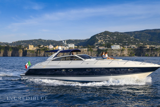 Yacht rent Marine Projects LTD V55 in Porto di Sorrento, Campania